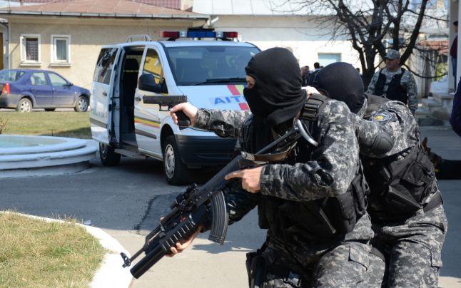 arme-politisti